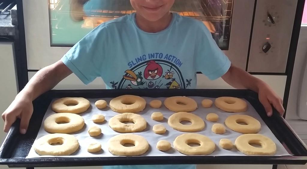 bandeja de donuts sin gluten ni lactosa